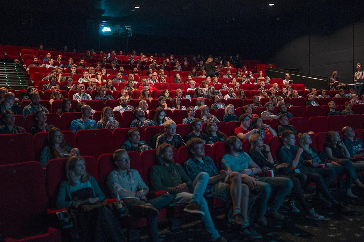 как ходить с детьми в кинотеатр